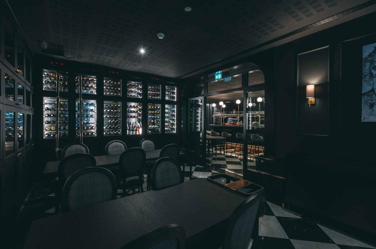 Interior sofisticado restaurante Blind, Torel Palace Porto